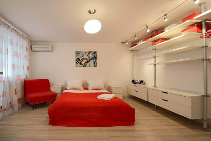 Red and White Studio Apartment with Balcony ID132