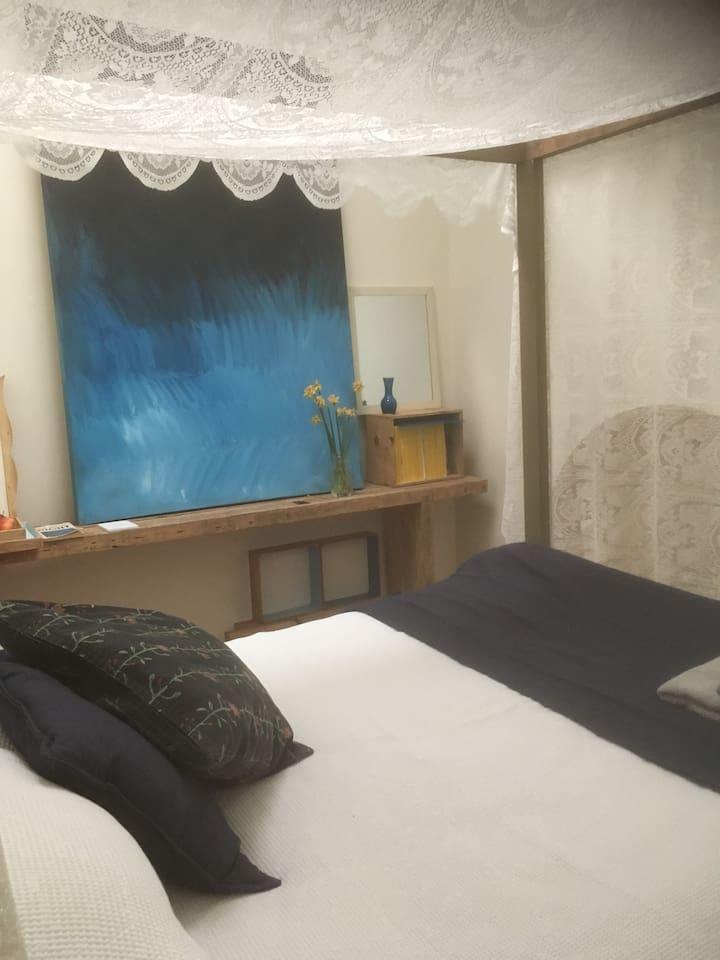Blue - Skylight Room