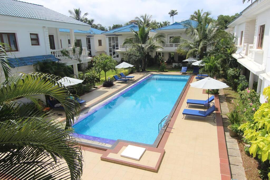Swimming Pool and Villas