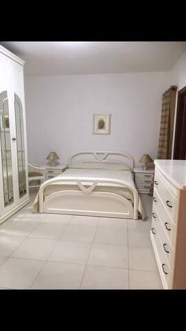 Larillas Promenade Apartment -Double Room Ensuite