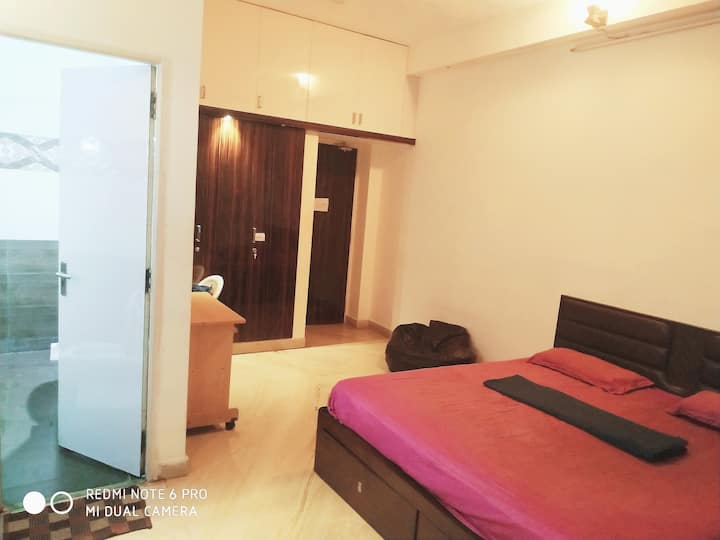 ( OFFER PRICE)/Kerala Type DELUXE room/Annanagar