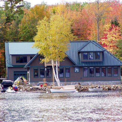 Thibault's Pkway and living quarters on Webb Lake