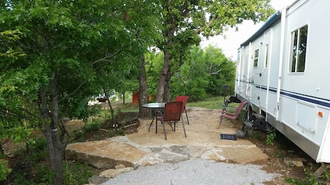 The Captain's Camper @ Lake Cisco Rentals