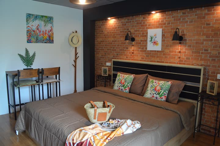 Dawnthaya Ayutthaya house (Amazon room)