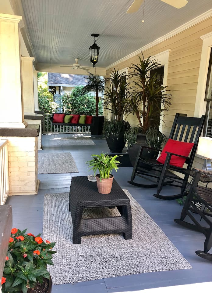 Enjoy morning coffee and afternoon cocktails on the porch!
