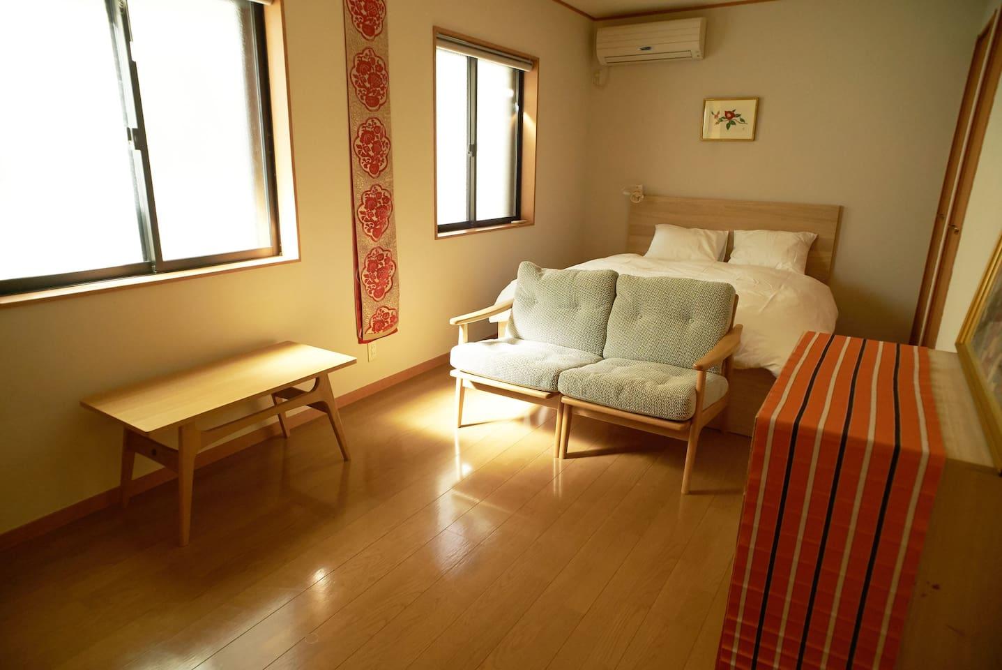 1F Queen Bedroom