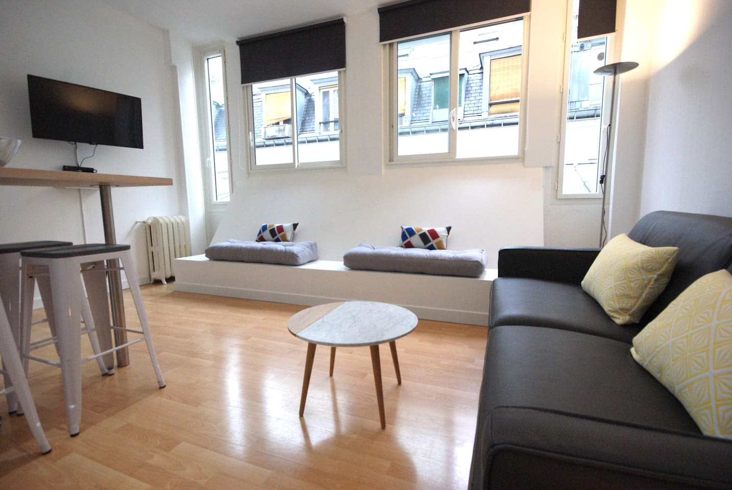 Living room - sofa bed queen size