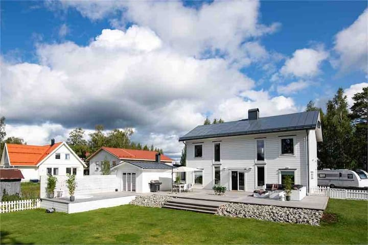 Lyxig villa med gångavstånd till Östersund Centrum