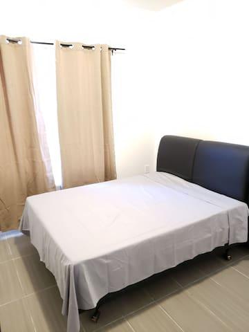 2 Victoria room 4