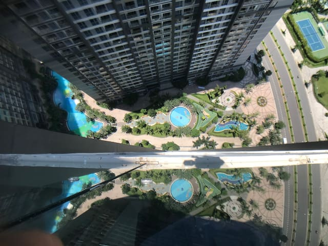 swimming pool free