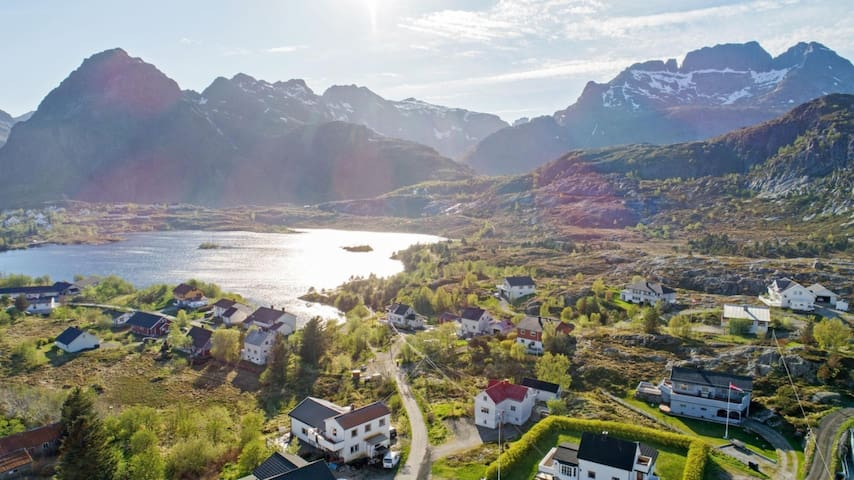 Cosy home -West Lofoten - Sørvågen fishing village