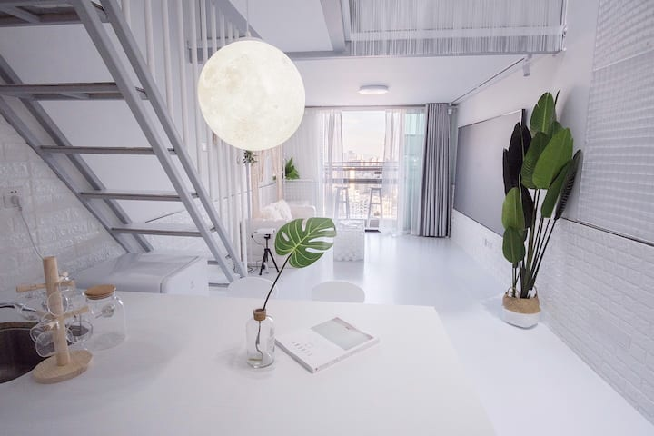 『HalfDream·W』#Loft复式公寓#纯白ins风#南油#深圳湾#蛇口港