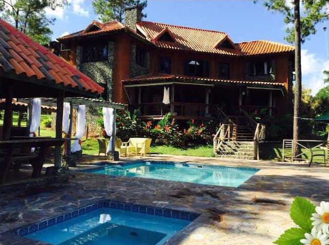 Amazing mountain villa view - Jarabacoa - Vila