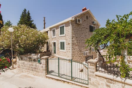 Amazing Seview two bedroom house with terrace