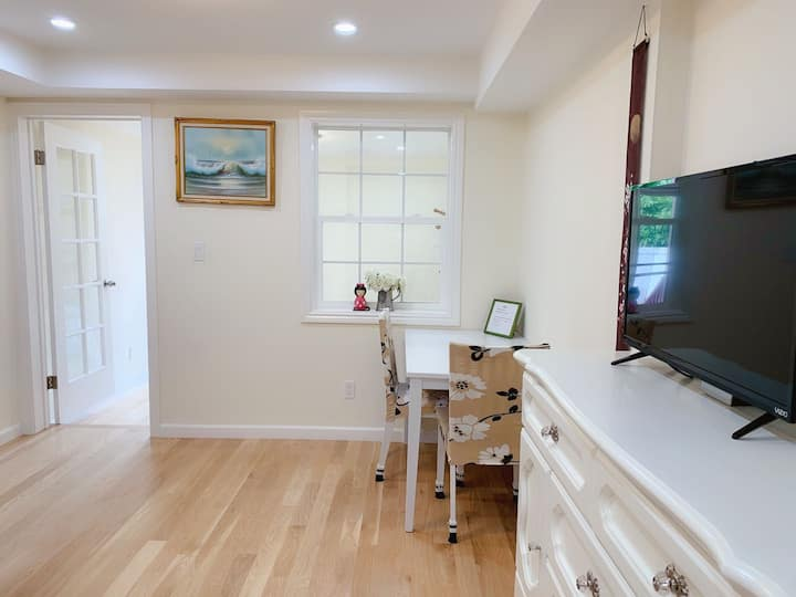 Private apartment (A) close to Golden Gate Park