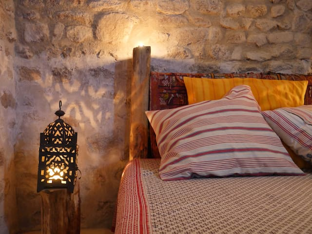 the 'hermitage' bedroom, cosy & romantic (separate to the house)