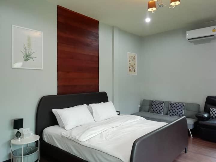 Morinaka Fuyu Room (ห้องครอบครัว เตียงคิงส์ไซส์)