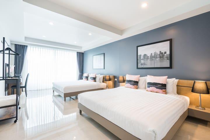 Modern & Elegant 6 Beds Townhouse @ BTS ONNUT