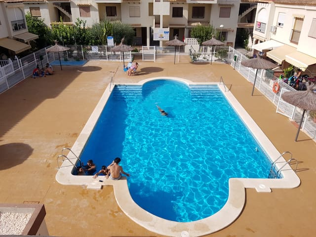 1 Bed Apartment (Sleeps 4) with Communal Pool