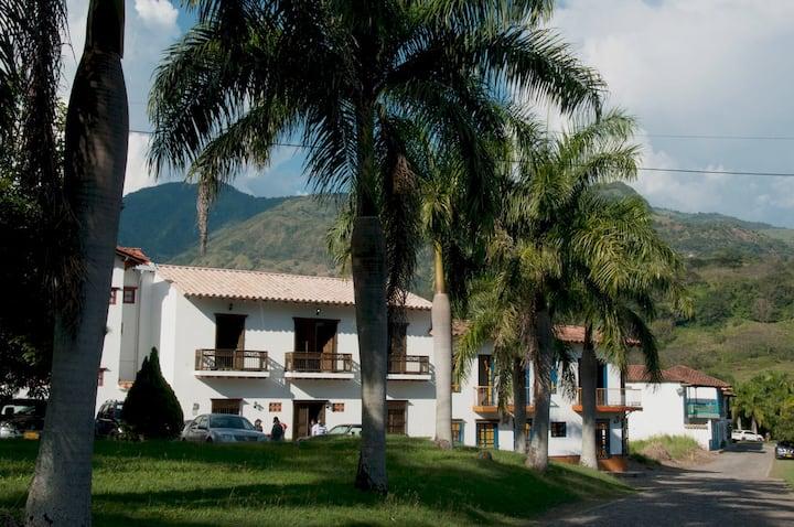 Casa de Ana - Caucaviejo -Jerico