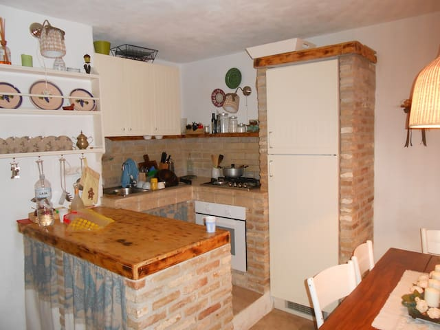 appartamento in centro storico - Vico del Gargano - House