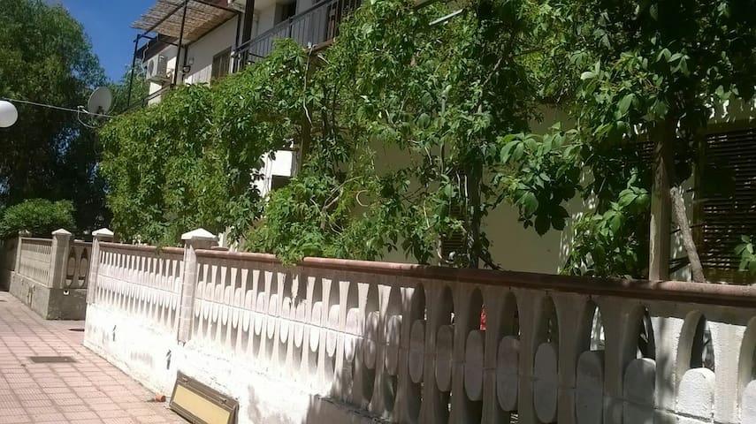 Bilocale a 100 mt dal mare - Fiumarella - Квартира