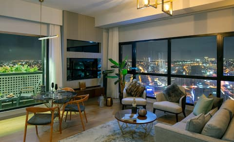 Stylish 2 Bedroom Apartment with Balcony  I03