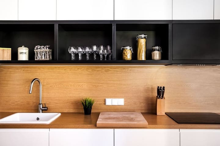 kitchenette fully equipped