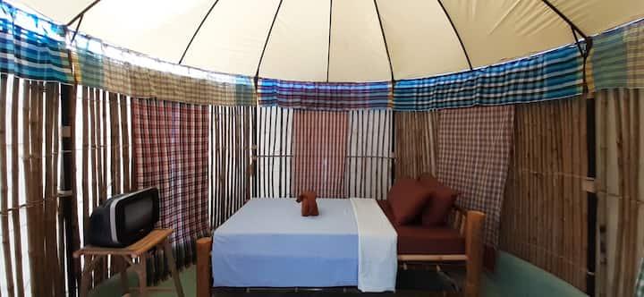 แสงจ้าฟาร์มรีสอร์ท-Bamboo Yurts