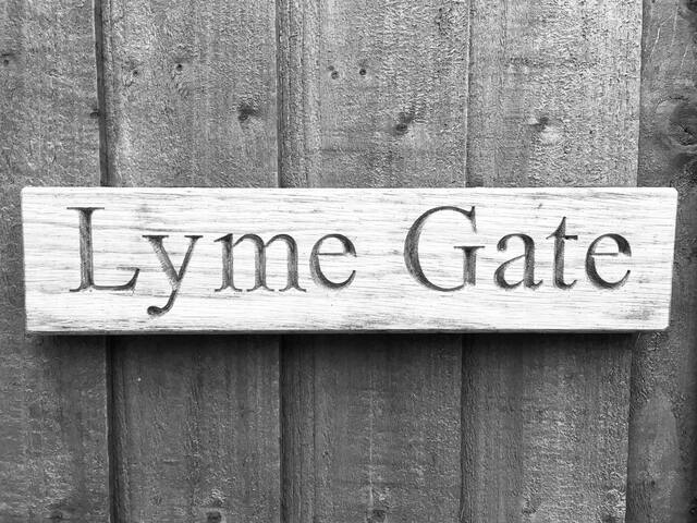 Private Room, Lyme Gate, Burrowshot, Lyme Regis