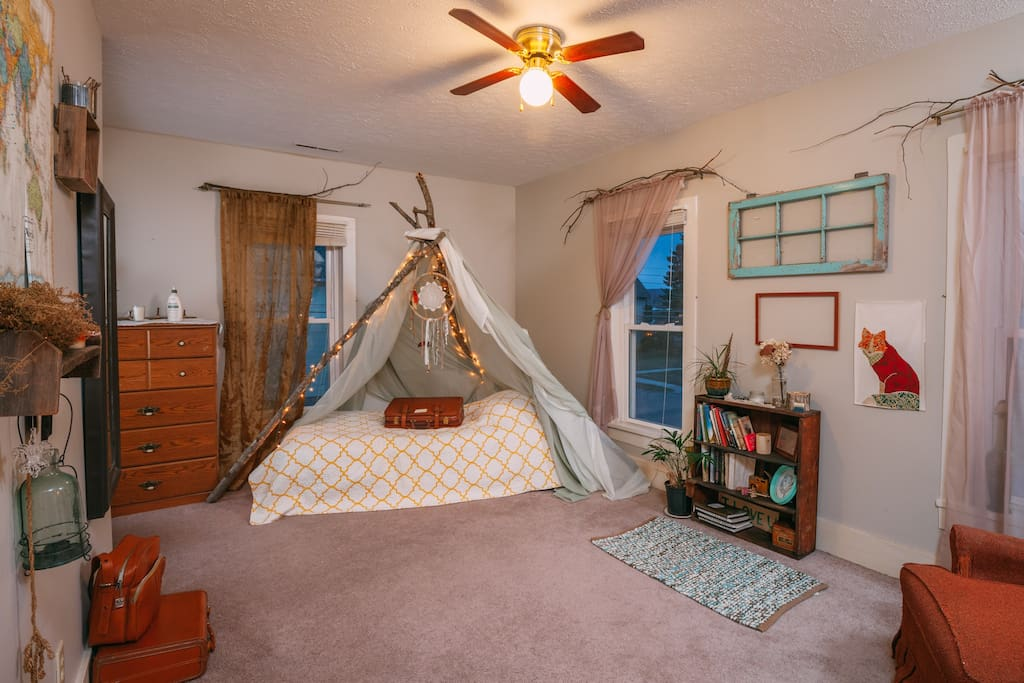 The teepee bed!