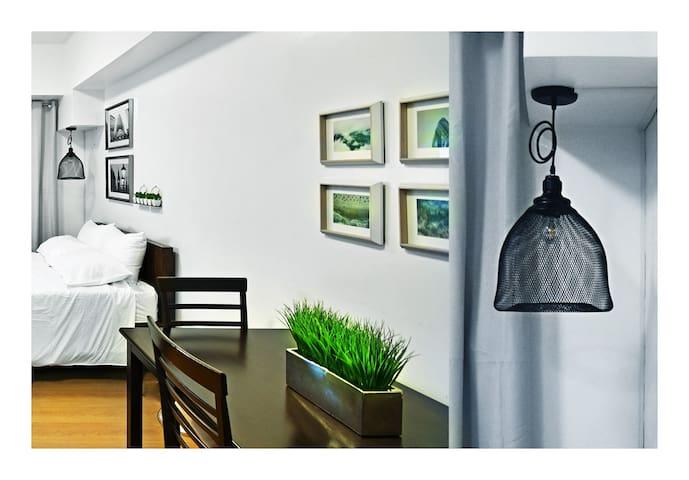 A Clean Modern Apartment in Manila, w/NETFLIX *38