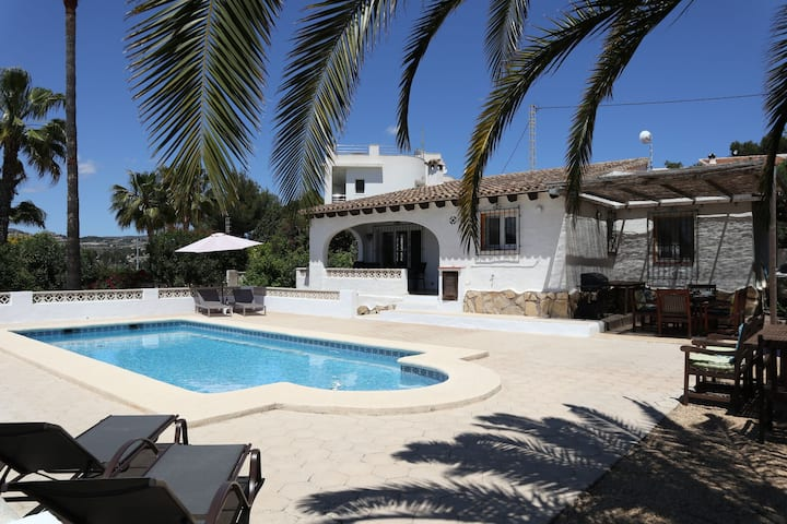 Charming Spanish villa in Moraira-Teulada with private pool and large garden