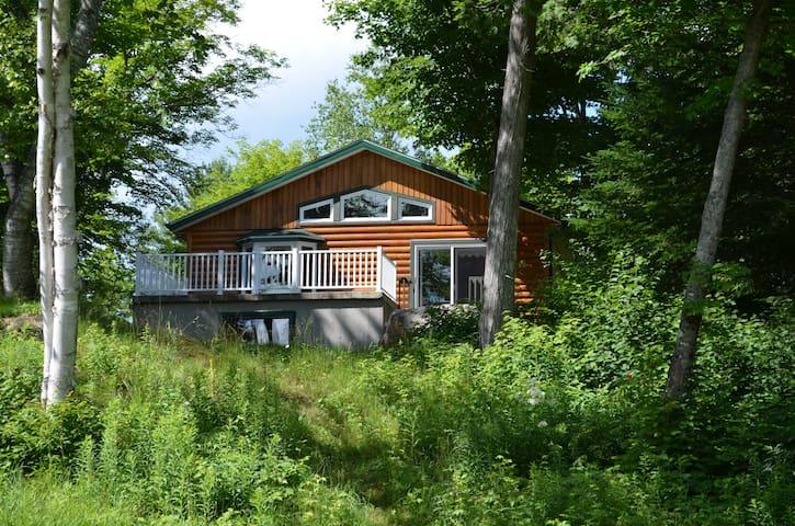 Chalet moderne, près de Val-Saint-Côme - Sainte-Émélie-de-l'Énergie