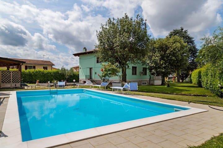 Appealing Villa in Castelfranco di Sotto with Private Pool