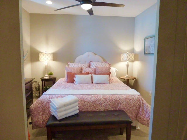 Luxurious Downtown Guest Suite With Pool And Spa