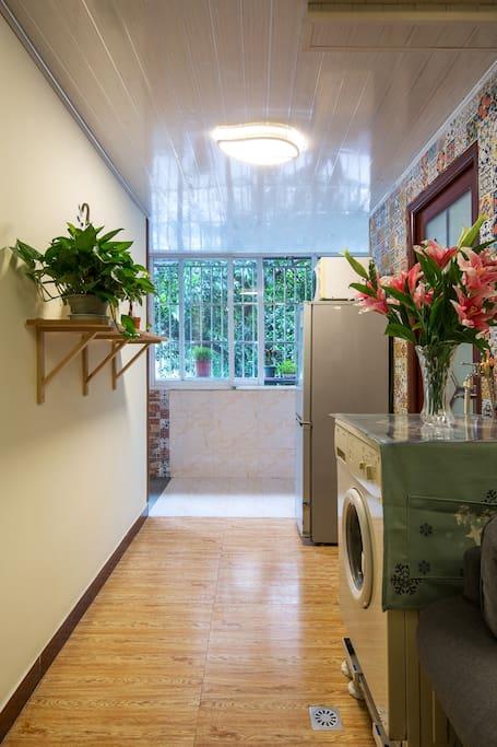 干净 卫生 安全 安静 优质低价 满五送一 老客户有更多优惠
