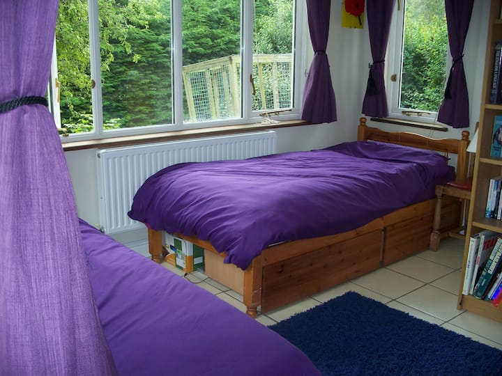 Quiet room in Rhayader - no shared facilities