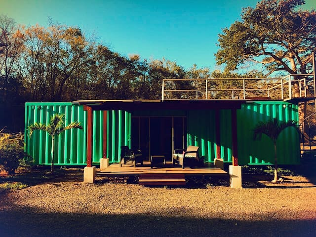Tesla House - Pinilla, Tamarindo - Ev