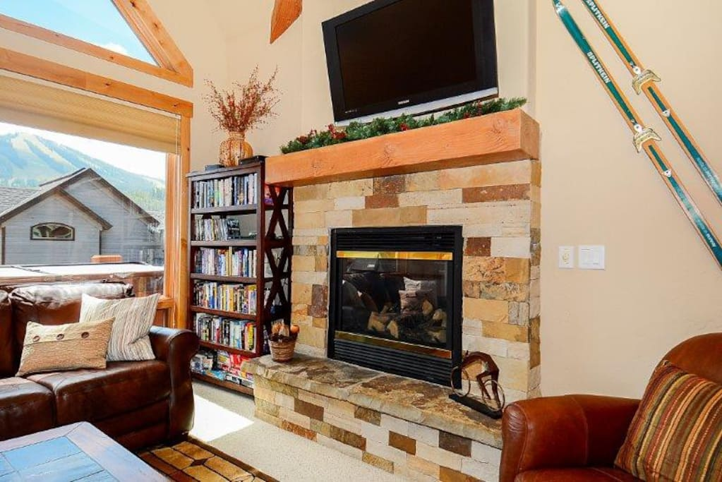 Fireplace and flat screen TV with Blu-ray player