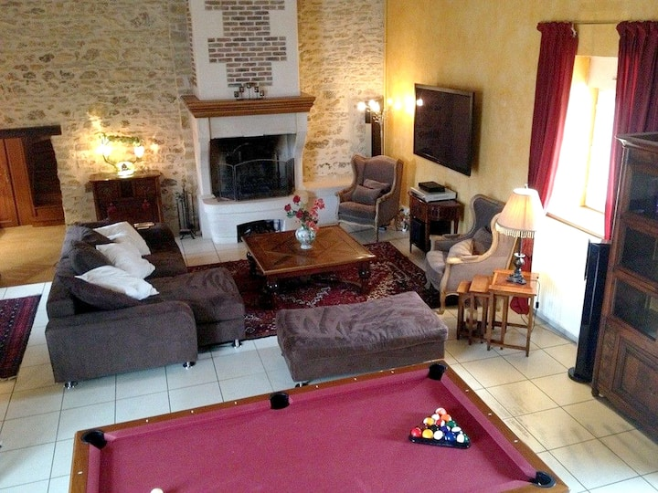 House with 6 bedrooms in Saint-Georges-sur-Baulche, with enclosed garden and WiFi