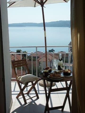 2. Et Zimmer, Meerblick optional mit Frühstück
