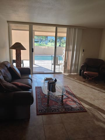 Palm desert home with pool  ,nice clean quiet