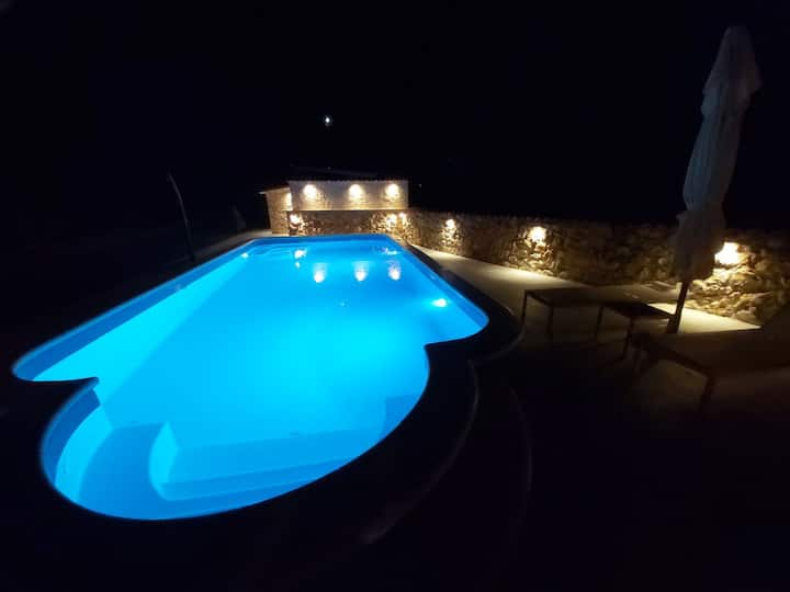 Guest house with swimming pool on our Farm