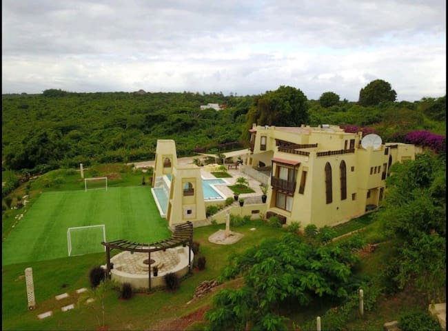 Luxury Villa with private airstrip and golf course