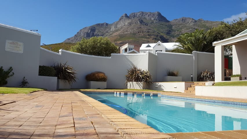 Communal Pool (Devil's peak in the background (it is next to table mountain to the right))