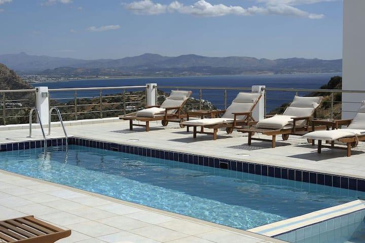 Lenikos Resort Superior Suite