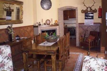 Casa Anguatias - Rioja - House
