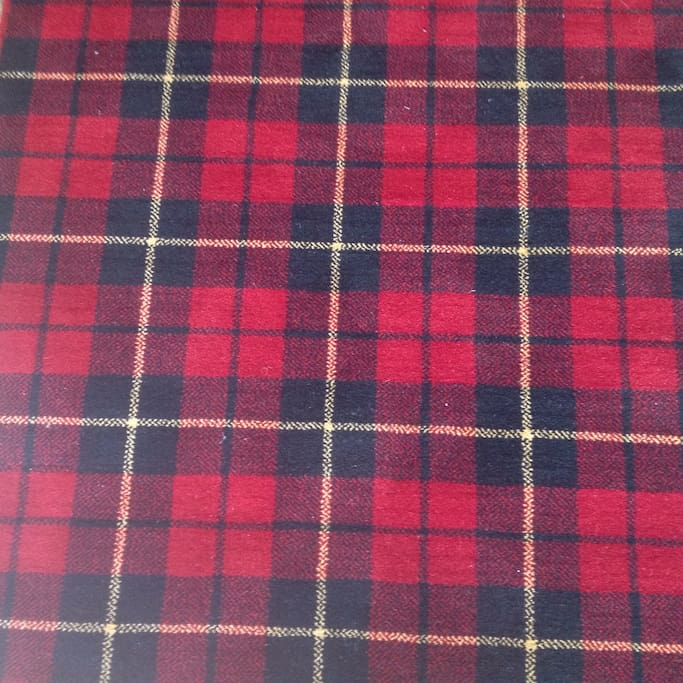 A touch of tartan. Wallace to be precise, as in Braveheart the MOVIE.