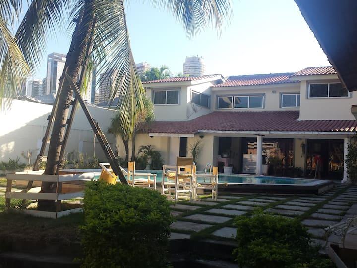 Suites w/kitchen at Barra da Tijuca